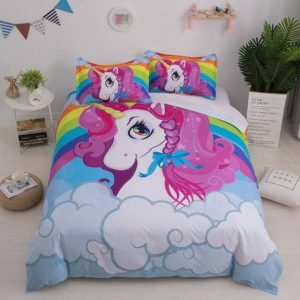 cover of quilt unicorn small girl 230x260cm room